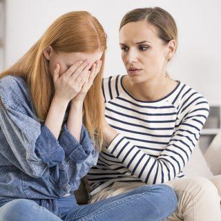 5 Hal Bermanfaat Untuk Dikatakan Kepada Teman Yang Mengalami Tingkat Kecemasan Meninggi (dan 3 Hal Yang Harus Dihindari)