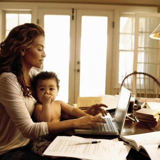 Ini Zaman Di Mana Para Ibu Bekerja. Bagaimana Menjadi Super Mom !