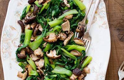 Bok Choy dengan Jamur Shiitake