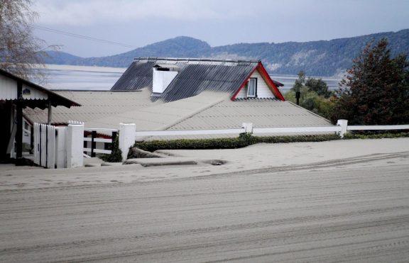 Bahaya Kesehatan Abu Vulkanik