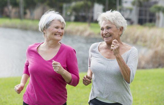 8 Tips Menjaga Kesehatan Lansia