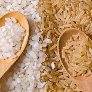 Nasi Merah Vs Nasi Putih: Mana Yang Lebih Baik?