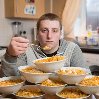 6 Cara Menghilangkan Kecanduan Makan