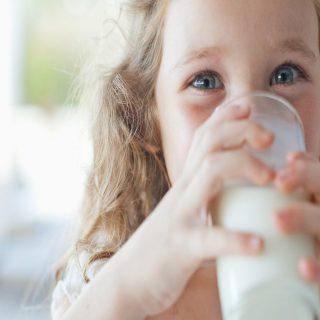 Cara Untuk Anak Anda Mendapat Asupan Kalsium Yang Cukup