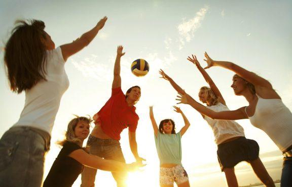 Cara Mendorong Anak Remajamu Untuk Makan Sehat Dan Berolahraga