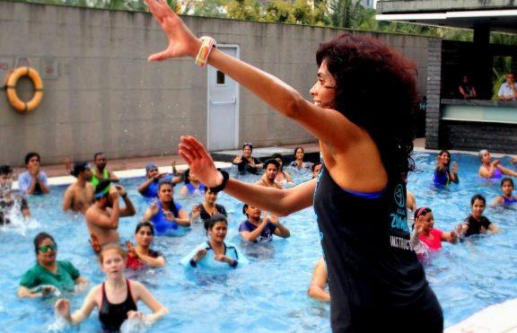 Aqua Zumba: Fit Dan Fun Di Dalam Air