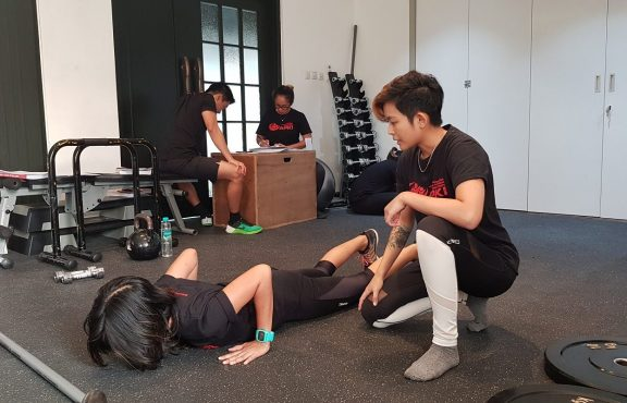 Body Image Yang Sehat Ala Coach Regina Stefani