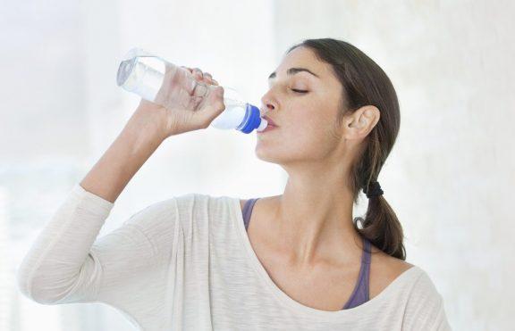 Hubungan Antara Minum Air Putih Dengan Menurunkan Berat Badan