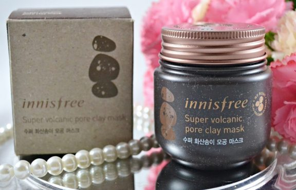 Review Innisfree Super Volcanic Pore Clay Mask: Masker Dengan Manfaat 6 In 1