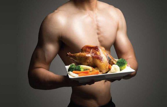 Makanan Yang Akan Membantu Anda Menumbuhkan Otot Lebih Cepat Daripada Suplemen