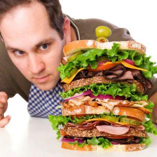 Trik Menghindari Makan Berlebihan