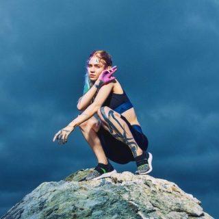 Stella McCartney Menggandeng Grimes Untuk Kampanye Koleksi Adidas Baru-nya