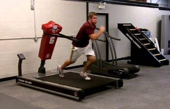 Inilah Manfaat Menambahkan Resistance Band Ke Dalam Latihan Dengan Treadmill