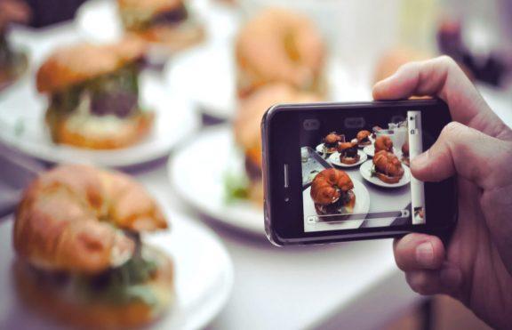 Dapatkah Media Sosial Membantu Anda Menurunkan Berat Badan?