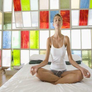 Lakukan 4 Pose Yoga Ini Saat Anda Tidak Bisa Tidur