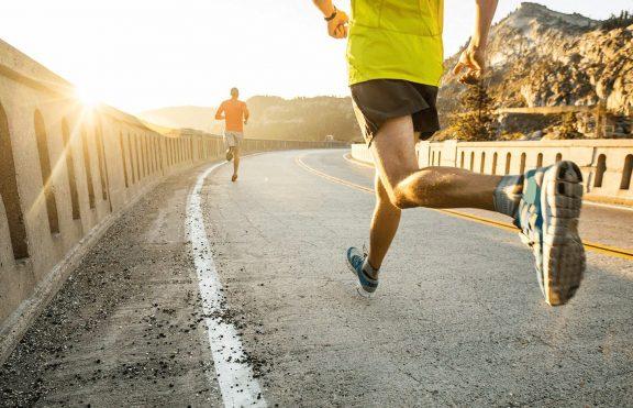 Berlari VS Menggunakan Treadmill, Yang Mana Lebih Efektif ?