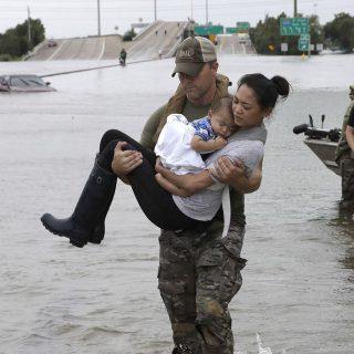 Melindungi Kesehatan Anak Selama Dan Setelah Bencana Banjir