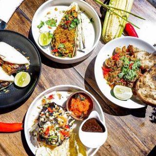 Tanau Restaurant   Unik dan Berbeda
