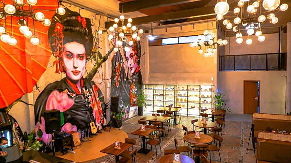 QR Cafe & Resto Bali