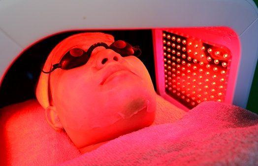 Wahyu Salon   Treatment bareng pasangan!